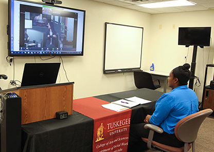 Social work role-playing goes virtual through partnership with UT