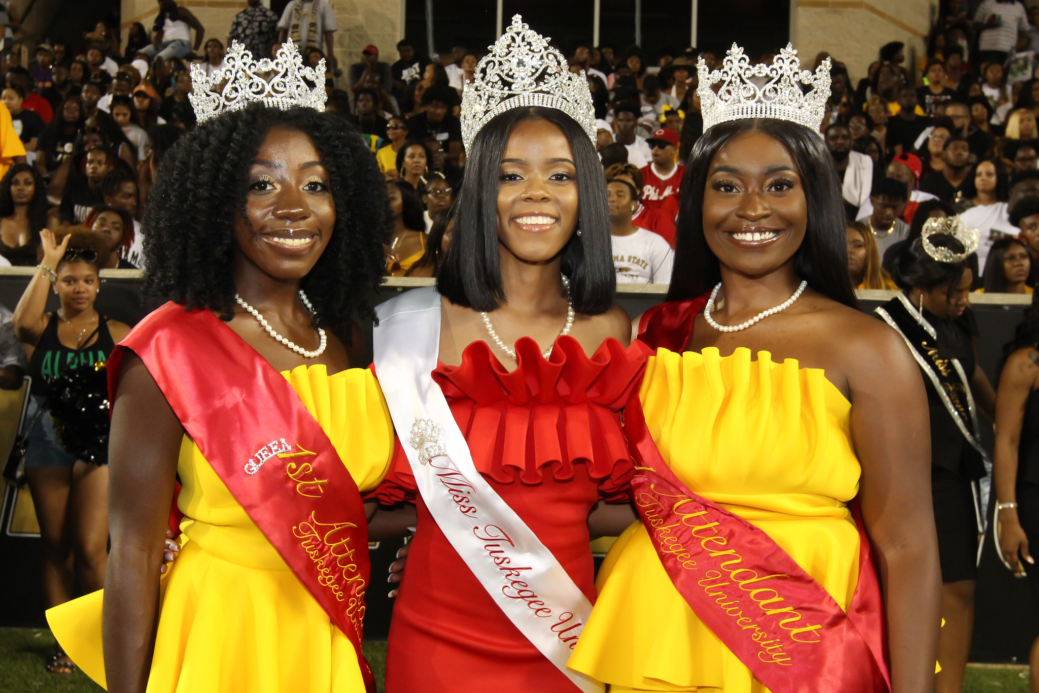 Miss TU 2019-2020 and attendants